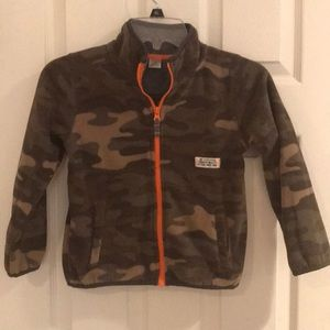 Boys camo fleece, size 6